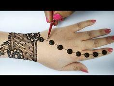 Peacock Mehndi Designs, Finger Henna Designs, Back Hand Mehndi Designs, Mehndi Designs Book, Mehndi Designs For Beginners, Mehndi Design Photos, Unique Mehndi Designs, Beautiful Henna Designs, Mehndi Designs For Fingers