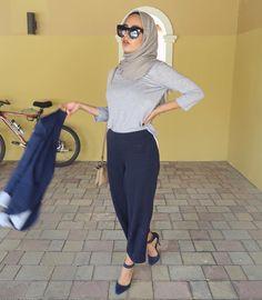 awesome Long sleeve grey shirt with loose navy trousers for killer Hijab fashion. Hajib Fashion, Street Hijab Fashion, Modest Fashion, Womens Fashion, Casual Hijab Outfit, Hijab Chic, New Hijab, Muslim Women Fashion, Muslim Girls