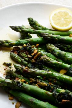 Steamed Asparagus With Pistachios and Brown Butter. This versatile brown butter sauce could enhance all sorts of other vegetables, or fish for that matter But it just so happens to be a delightful pairing with perfectly cooked fresh green asparagus.