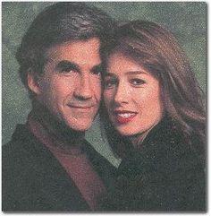 Roger (Michael Zaslow) and Holly (Maureen Garrett) GL