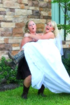 Cute pose for maid of honor # bridal photography # maid of honor