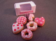 Bright deLights Valentine Donuts With A Box