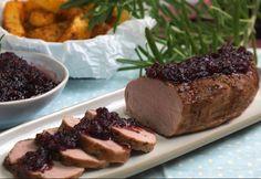 Szűzpecsenye áfonyaöntettel Atkins, Pork Recipes, Baked Potato, Tapas, Banana Bread, Steak, Bacon, Paleo, Menu