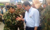 Noticias de Cúcuta: Apoyados por el Ejército Nacional, llegó el mercad...