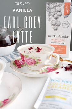 Can't say no to a creamy and delicious earl grey latte now can you? Try this low-carb keto drink ASAP! Thank us later for this amazing recipe. Refreshing Drinks, Summer Drinks, Fun Drinks, Healthy Drinks, Beverages, Nespresso Recipes, Macaron Flavors, Keto Drink, Latte Recipe