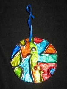 Tin foil stained glass ornaments + lots of other great art activities.