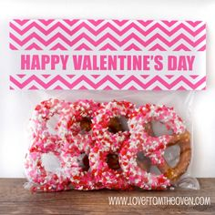 Quick And Easy Valentine Day Treat Bags With Free Printable Bag Toppers