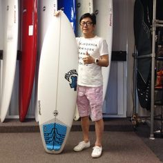 Thank you for coming by every time you visit from Japan! Enjoy your new @lostsurfboards The Short Round and your vacation! @lost9193 #hawaiiansouthshore #yoursurfboutique #surfboard #mahalo