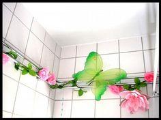 Fun bath room decoration