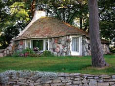 Mushroom houses in Charlevoix MI! This one's the Half House, Young's smallest creation. Composed almost entirely of granite boulders and local fieldstone, the cottage appears to have sprung up from the ground. Stone Cottages, Stone Houses, Stone House Plans, Grove Park Inn, House Journal, Storybook Homes, Mushroom House, Best Places To Live, Moving House