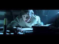 Abraham Lincoln: Vampire Hunter. I love historical fiction XD