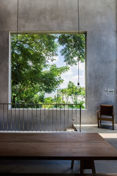 Featuring interior spaces that communicate with each other freely and huge windows that open towards the outdoors, this striking home in Vietnam offers a bright and airy living space where elements of vernacular architecture and contemporary design combine perfectly. Located in a quiet residential area in Ho Chi Minh City, the Thong House was designed by Nishizawa …