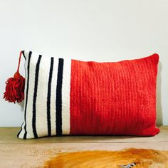 Beautiful natural dyed handmade wool pillow from eldoku, Turkey. Found on Etsy
