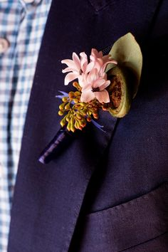 How do you breath life into a tired wedding theme? That's exactly what a grou Pink Boutonniere, Groomsmen Boutonniere, Boutonnieres, Wedding Show, Wedding Groom, Engagement Dress For Bride, Wedding Flower Inspiration, Wedding Flowers, Button Holes Wedding