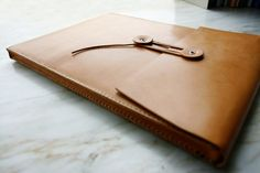 LoraynLeather - Hong Kong - macbook air leather envelope case