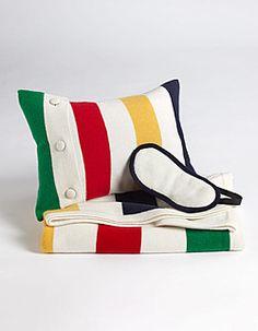 Hudson's Bay Company cashmere travel set. Me wants it.