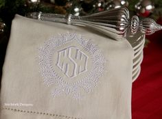 Stitchfork Designs: holiday dressing.....