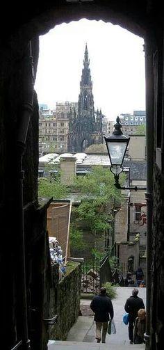 Scott monument, Edinburgh