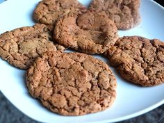Chocolate & Pecan Cookies Pecan Cookies, Chocolate Chip Cookies, Cookie Recipes, A Food, Vegetarian Recipes, Cooking, Desserts, Blog, Recipes For Biscuits