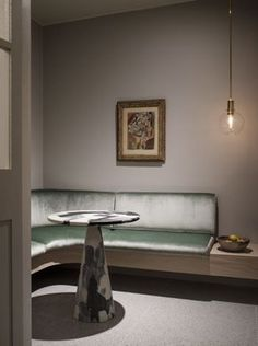 Sage silver velvet / putty grey walls Bukowskis_ValuationRoom