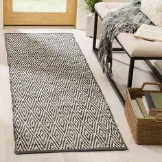 Safavieh Montauk Handmade Geometric Flatweave Ivory/ Dark Grey Cotton Runner (2' 3 x 9')