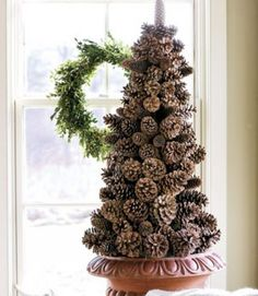 Eco Christmas Table Decorations Made of Pine Cones Eco Christmas decoration, miniature Christmas tree Cone Christmas Trees, Noel Christmas, Country Christmas, Christmas Projects, Winter Christmas, Holiday Crafts, Christmas Wreaths, Xmas Tree, Holiday Tree