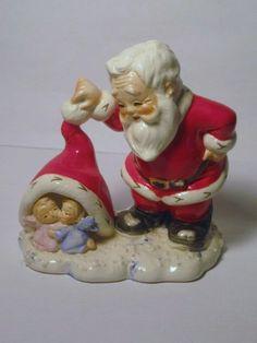 HTF Vintage Christmas Santa Claus porcelain Figurine With Pixie Elf Angels under Hat Japan Lefton Napco Ornament Decoration