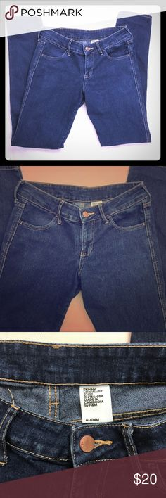 """H&M &Denim Skinny Low Waist Jeans 27/32 Women's H&M &Denim Skinny Low Waist Jeans Label Size: 27/32 •Soft, Comfortable, Clean, 'Like New' Look •No flaws, no missing buttons, no holes, no stains, no missing belt hoops •Medium dark wash •Excellent mint condition Measurements w/ Garment Laying Flat & Relaxed: Across Waist 14.25"""" Inseam 30.5"""" Rise 8.25"""" Across Cuff 5.5"""" Material 65% Cotton/18% Polyester/ 12% Viscose/1% Elastane Made In Cambodia Retail Value $54.95    Stock #HNM-0011 H&M…"""