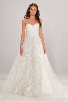 Pin for Later  100 Stunning Wedding Dresses For Spring 2017 Brides Tony  Ward Bridal Spring 44fa1284cb5
