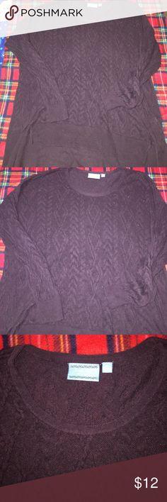 Vera wang Longsleeve shirt, good condition,fast shipping size:Xl but fits 1X Vera Wang Sweaters V-Necks