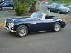 1963 Austin Healey 3000 I think this would look much better in a nice shiny red :) Luxury Sports Cars, Vintage Sports Cars, British Sports Cars, Vintage Cars, Aston Healey, Convertible, Gentleman, Austin Cars, Black Picture