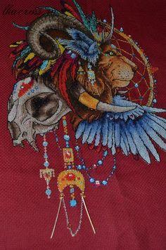 Вышивка лев ловец снов