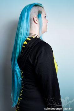Bunte Farben - SchneePunzel - professionelle Haarverlängerungen und Dreadlocks Elegant, Dreadlocks, Hair, Professional Hair Extensions, Classy, Whoville Hair, Chic, Dreads, Strengthen Hair