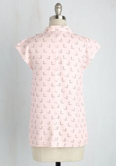 Up, Up, and Amaze Top in Cosmetics | Mod Retro Vintage Short Sleeve Shirts | ModCloth.com