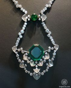 Alexandre Reza at the Biennale Posted by efaykiss on Sep 20, 2014 in Diamonds & Gemstones, Events, Featured, High Jewellery |