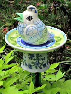 Hen Garden Totem Stake -