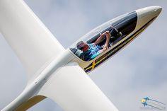 E-pic.se - Google+ Johan Gustafsson - World Advanced Glider Aerobatic Champion 2013 displays at Swedish Armed Forces main air display at F 17. More images at http://www.e-pic.se/Aircraft/Displays/2014-F-17-Ronneby/ More information about Johan at http://www.j-gustafsson.com/ #Aircraft #Aviation #Glider #E_PIC_SE