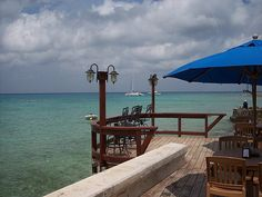 The Money Bar Cozumel - Great place to snorkel from....just buy a drink and nachos!!! Perfect day