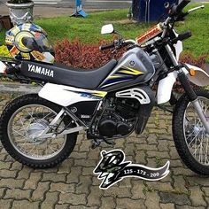 Dt Yamaha, Audi A3, 4x4, Motorcycles, Army, Bike, Vehicles, Templates, Bicycles