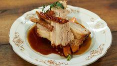 Knuspriger Schweinebauch von Tim Mälzer @tim_kocht aus der Sendung Tim Mälzer kocht vom 16.2.13