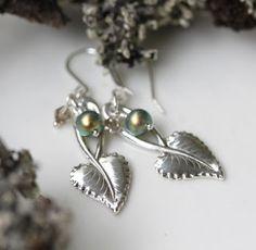 hopeatyöt, hopeakorut, lusikkakorut, uusiokorut, kierrätyskorut, korvakorut, handmadejewelry, silverjewelry, silverspoonjewelry, spoonjewelry, earrings