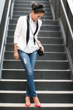 ♡ #blazer #distressed_jeans