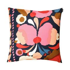Aino-Maija Metsola's Tuppura print feels both folkloric and modern. Abstract blossoms in shades of pink, peach, red and yellow saturate a navy background. Made from 100% cotton, the machine-washable cu