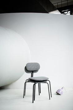 T-Chair produced by Tacchini - Barazzuol / Malisan