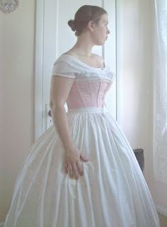 Sara Jane's guide for the right layers to wear  for 1850-1860, with photos.