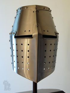 Bronze Crusader Helmet replica