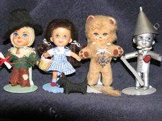 These are 1960s Mattel Liddle Kiddle dolls transformed into Dorothy and friends from The Wizard Of Oz :)