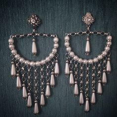 beaded dangle earrings Ideas, Craft Ideas on beaded dangle earrings Wire Jewelry, Jewelry Crafts, Beaded Jewelry, Jewelery, Handcrafted Jewelry, Earrings Handmade, Bijoux Diy, Beads And Wire, Artisanal