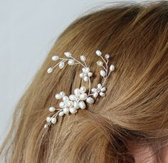 Resultado de imagen para como hacer tejido con perlas tocados de novia