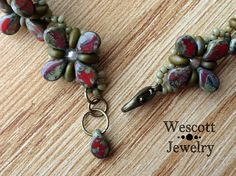 Pattern for Perky Pips Bracelet and Earrings with Pip Beads